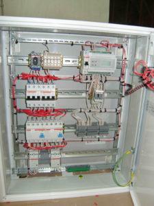 1 - шкаф управления электрообогревом ШПУ 5